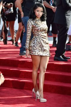 Pin for Later: All the Stars on the MTV VMAs Red Carpet Right Here! Nicki Minaj