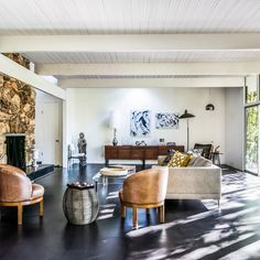 A classic California midcentury-modern home that belonged to Golden Age actress Ava Gardner