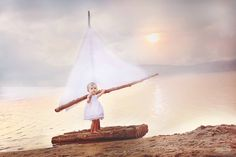 Children photography, beach photo shoot, kid pictures, center of attention photography, Beyond the Wanderlust, Inspirational Photography Blog