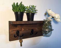 porte cl mural en bois original avec porte courrier pratique bricolage pinterest. Black Bedroom Furniture Sets. Home Design Ideas