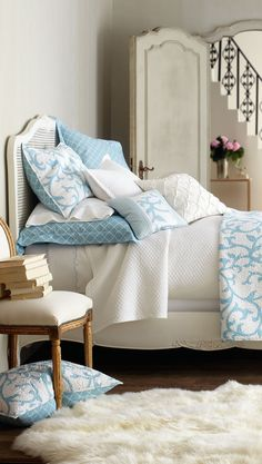 Bedroom ~ Blue & White Bed Linens - Always pleasign and never out of style