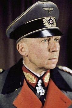 Generaloberst Gotthard Heinrici (1886-1971), Oberbefehlshaber 4. Armee, Ritterkreuz 18.09.1941, Eichenlaub (333) 24.11.1943, Schwerter (136) 03.03.1945