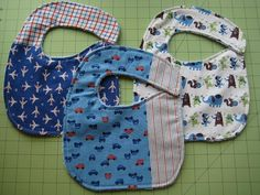 Here's a quick and fun baby shower gift. I made these bibs for a friend who has a baby boy on the way! Six easy steps below.Materials for 1 Baby Bib: 1 fat quarter (front of bib)½ yard terry cloth …