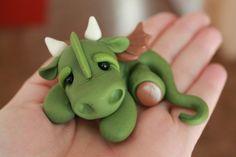 Dragon de arcilla de polímero miniatura dragón por GnomeWoods