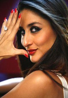 kareena-kapoor-Hot-wedding-pictures 2012