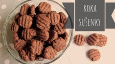 Recept na super rychlé a zdravé kokosovo-kakaové sušenky. Almond, Food And Drink, Sweets, Cookies, Desserts, Anna, Youtube, Crack Crackers, Tailgate Desserts