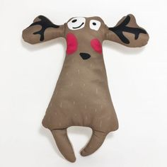 This great moose soft toy from The Hound Project will soon become your dogs favorite. Cool Shapes, Tug Of War, Toy 2, Cotton Velvet, Recycled Fabric, Dog Accessories, Dog Toys, Moose, Your Dog