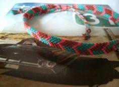 Tutorials for dozens of friendship bracelet designs