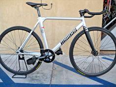 ON SALE: Unknown Bass 3 Track Bike Fixie 52cm