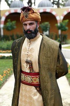 MEHMET AKİF ALAKURT - FATİH BAŞLIYOR (GÜLBAHAR KARAKUŞ 2013) Kosem Sultan, Turkish Actors, Istanbul, Modeling, Ottoman, Handsome, Culture, Places, Fashion