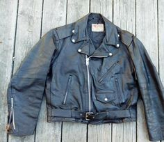 Vintage 1970s Excelled Black Leather Motorcycle Jacket Sz 44 - http://www.gezn.com/vintage-1970s-excelled-black-leather-motorcycle-jacket-sz-44.html