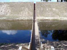 Trench 'Bridge' - Mozes 'Bridge' - Ad en Ro Architects - Bergen op Zoom  by Christian Fredrix on flickr
