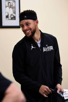 Stephen Curry of team Stephen looks on in the locker room prior to the NBA AllStar Game as a part of 2018 NBA AllStar Weekend at STAPLES Center on. Stephen Curry Basketball, Mvp Basketball, Nba Stephen Curry, Golden State Warriors, Stefan Curry, Steph Curry Wallpapers, Stephen Curry Photos, The Curry Family, Wardell Stephen Curry