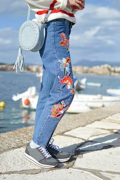 Tamara Bellis Fashion Blog Clothing Blogs, Sunny Days, Sunnies, Going Out, Mom Jeans, That Look, Trends, Guys, Pretty