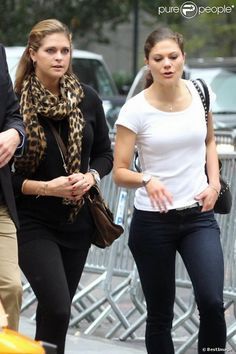MYROYALS &HOLLYWOOD FASHİON: Crown Princess Victoria with her sister Princess Madeleine in New York, October 6, 2013