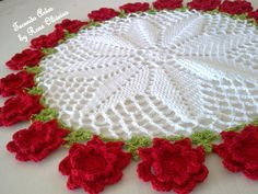 Bom dia amados! Para comemorar oinício da primavera, mais uma centrinho flores vermelhas, encomendado por minha cliente japonesa...ainda n...
