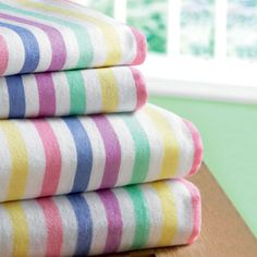 CANDY STRIPE FLANNELETTE SHEET SETS - Textiles Bedlinen