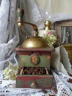 """Купить Кофемолка """"Гретта"""" - кофемолка, украшение для кухни, декор кухни, эксклюзивный подарок, кофе, винтаж"""