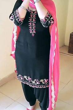 Designer Punjabi Suits Patiala, Punjabi Suits Designer Boutique, Boutique Suits, Indian Designer Suits, Indian Designers, Patiala Suit, Salwar Suits, Punjabi Suit Neck Designs, Salwar Neck Designs