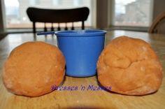 Pumpkin Pie playdough for Halloween. Smells delicious!!    Also fun for Thanksgiving!
