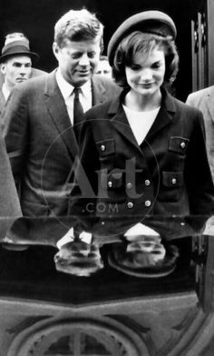 size: Photo: Pres John and Jacqueline Kennedy Leaving Newport's St Mary's Church Where They Attended Mass : Artists Jackie Kennedy Style, Jacqueline Kennedy Onassis, Les Kennedy, John Kennedy, Marine Corps Medals, Familia Kennedy, Jaqueline Kennedy, John Junior, John Fitzgerald