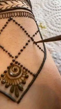 Pretty Henna Designs, Stylish Mehndi Designs, Latest Bridal Mehndi Designs, Full Hand Mehndi Designs, Mehndi Designs Book, Mehndi Designs 2018, Mehndi Designs For Beginners, Wedding Mehndi Designs, Mehndi Designs For Fingers