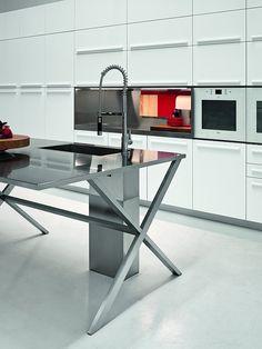 PLAYGROUND Kitchen Designed For Elmar Cucine Decor Design - Contemporary kitchen with modular work island el_01 by elmar