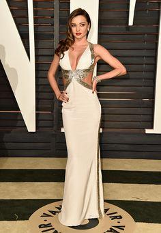 A festa da Vanity Fair é tradicionalmente a mais concorrida after-party do Oscar, e não foi diferente na edição 2015. Miranda Kerr (de Emilio Pucci)