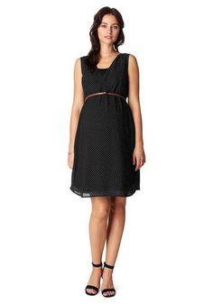 La robe de grossesse habillée noire à pois de Noppies sera parfaite pour la Saint Valentin avec une belle centure rouge.