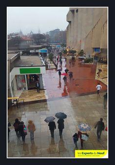 #Montpellier Dernier jour de l'année sous la pluie ! Now préparation réveillon… #immobilier #pinel #architecture et #urbanisme pour l'année prochaine ! Bonne soirée à tous !