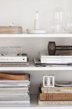 string shelving system, shelfie, shelf styling, kubus, bylassen, serax, menu via http://www.scandinavianlovesong.com/