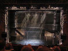 re: Favorite Set Designs (BroadwayWorld.com)