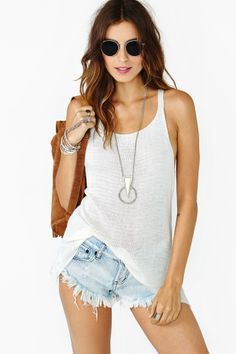 Martina Tank with cutoff jean shorts Cute Summer Outfits, Girly Outfits, Cute Outfits, Fashion Outfits, Womens Fashion, Summer Clothes, Ladies Fashion, Fashion Trends, Estilo Glamour