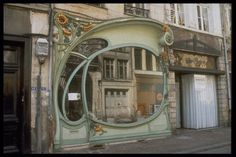 From 13 Things I Found on the Internet Today (Vol. LXXVII). In Douai, France.