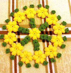 Çiçekli Lif Modeli Yapılışı Merhabalar arkadaşlar bu güzel çiçeklik lif modelinin yapılışını resimli olarak sizlere anlatmaya çalıştık. Bu güzel çalışmanın sahibiSuzan AyinHanıma canı gönülden teşekkür ederiz Ellerine sağlık olsun. İlgili