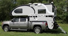 Cirrus Campers announces the 2017 Cirrus 820. The 820 features a cabinetry redesign, a new face-to-face dinette, tank size increases, and much more.