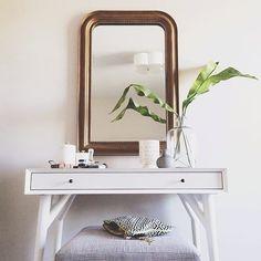 Loving @kbarnettdesign's Mid-Century Mini Desk situation. Simple + sleek. #mywestelm