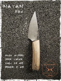 Bladetricks 2014 Natan EDC Knife, Oak scales