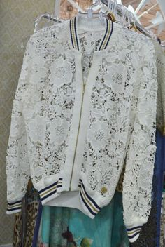Jaqueta rendada