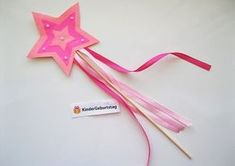 Nice crafting tips for the princess party- Schöne Basteltipps für die Prinzessin-Party The princess invites you to the kids birthday party! Princess Birthday, Princess Party, Girl Birthday, Birthday Cake, Diy Birthday Invitations, Diy And Crafts, Crafts For Kids, 4th Birthday Parties, Baby Shower Parties