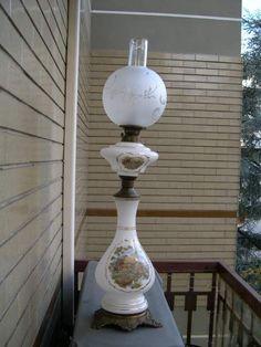 Risultati immagini per lampade a petrolio antiche