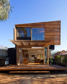 Callery Reno - loving the cantilevered deck
