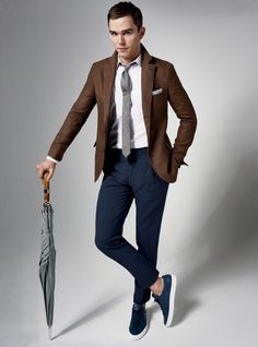 browns and blues // menswear, business casual, sneakers, tie, blazer, umbrella, mens style, mens fashion