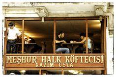 Windowdressing, Istanbul Lobsterblog
