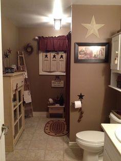 Primitive bathroom | Home decor | Decorating | Rustic | Country | DIY
