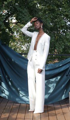 White Wedding Suit, French Wedding Dress, Wedding Suits For Women, Wedding Dresses, Wedding Dress Suit, White Pant Suit Women, White Dresses For Women, White Suits, Wedding Pantsuit