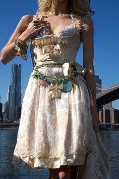 Ophelia Blaimer - Couture - Dirndl - New York Happy Hour - Bellini