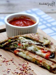 Breakfast recipes aloo paratha recipe hindi me aloo ke paranthe pizza paratha recipe how to make pizza paratha easy pizza paratha forumfinder Gallery
