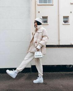 Winter Fashion Outfits, Fall Winter Outfits, Look Fashion, Autumn Winter Fashion, Korean Fashion, Womens Fashion, Nike Fashion, Winter Style, Street Fashion