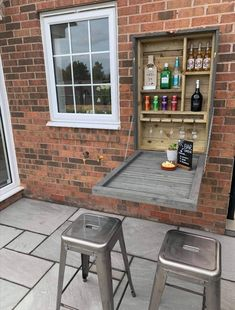 Outdoor Garden Bar, Diy Outdoor Kitchen, Garden Seating, Outdoor Gardens, Outdoor Tiles, Brick Bbq, Brick Built Bbq, Terrace House Exterior, Brick Wall Gardens